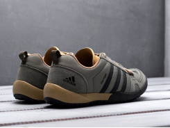 Кроссовки Adidas Daroga